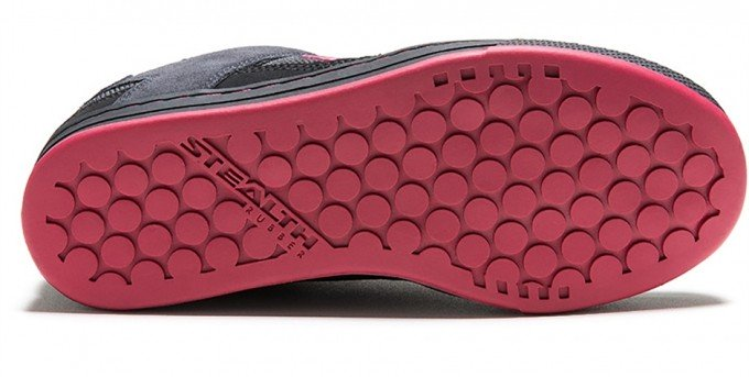 The Five Ten Freerider Women's shoe | guide to cycling pedals and shoes