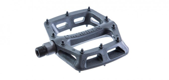 DMR v6 Flat Pedals | guide to cycling pedals and shoes