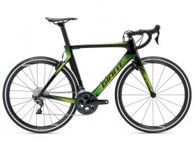 Giant Propel Advanced 1 2018 Road Bike in Black and Green